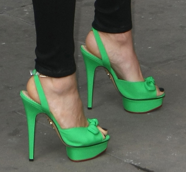 Jessie J sported towering bright green heels from Charlotte Olympia