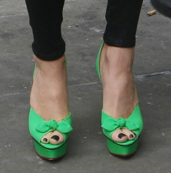 Jessie J sported towering bright green Serena heels