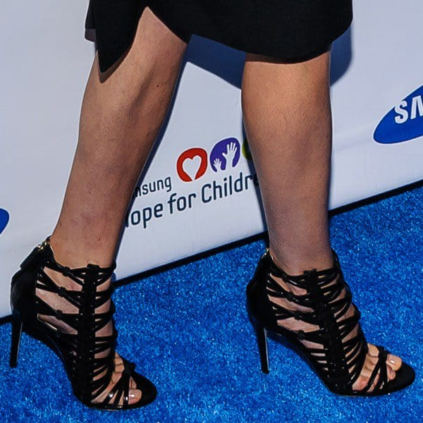 Karolina's cool caged booties that stole the show