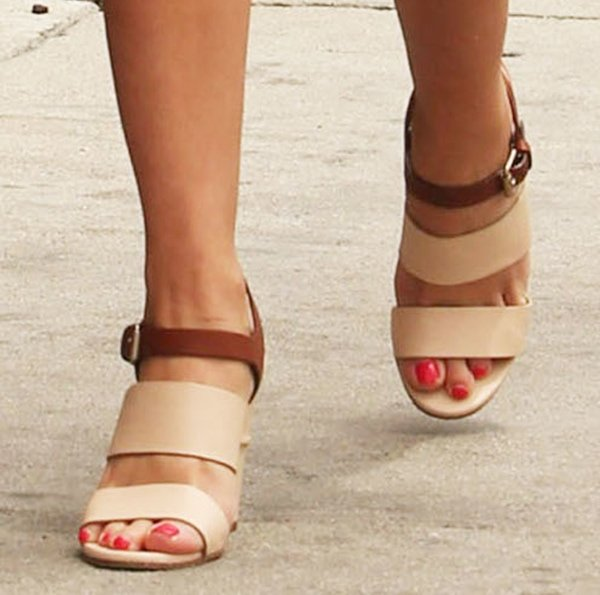 Reese Witherspoon wearing Chloe sandals with two-tone straps