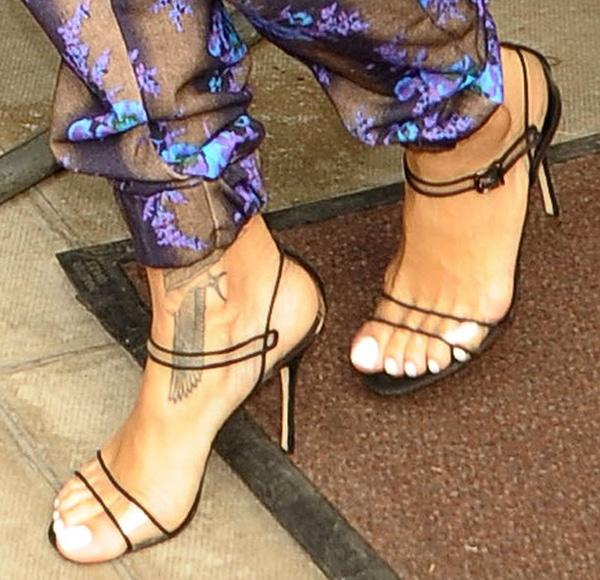 Rihanna showing off her feet inManolo Blahnik sandals