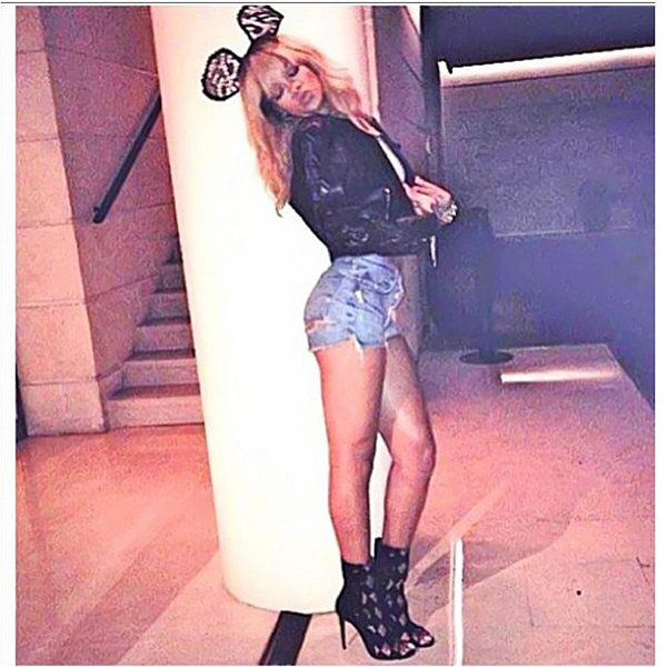 Rihanna Paris night out