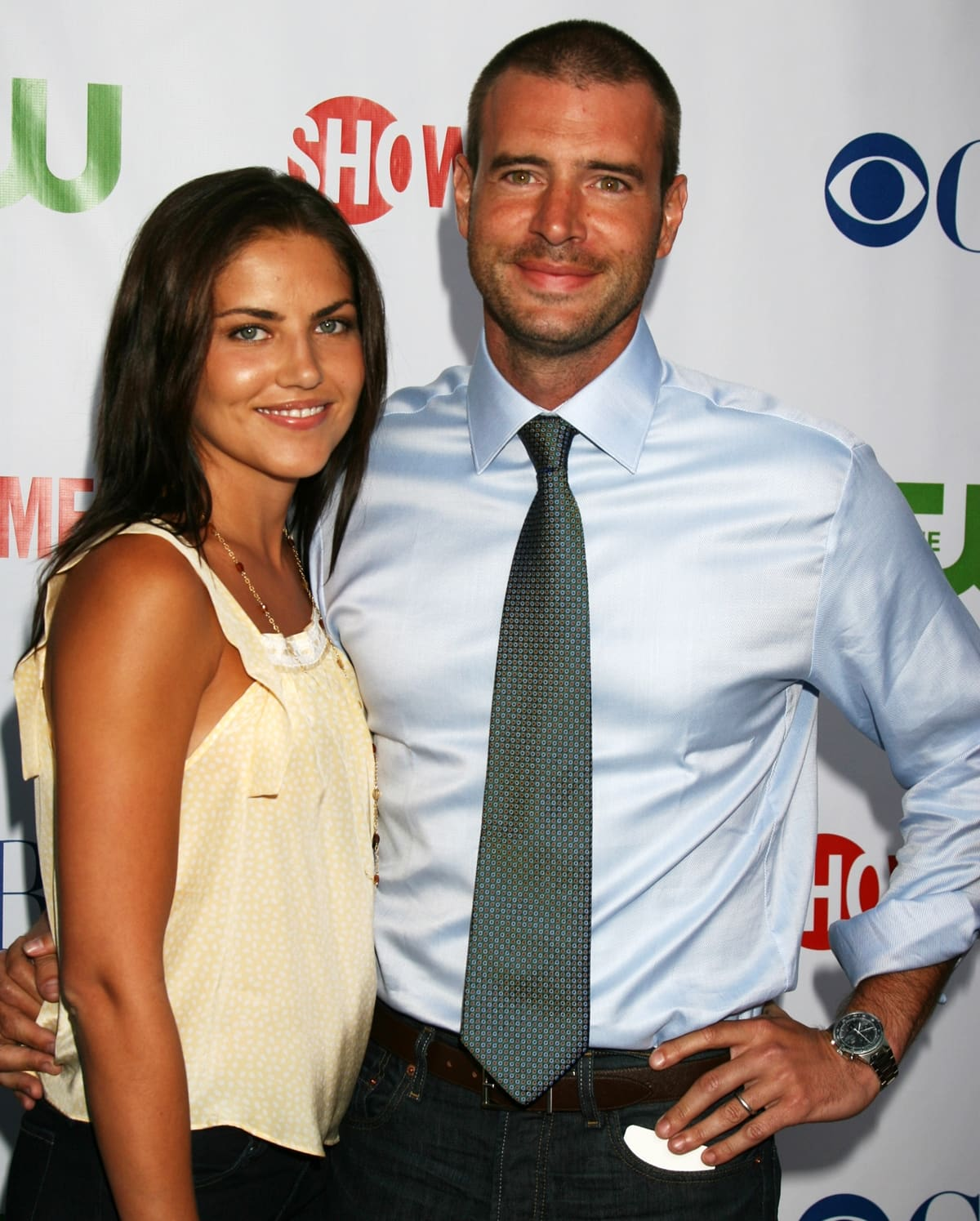 Scott Foley and wife Marika Dominczyk met on the set of the sitcom The Help