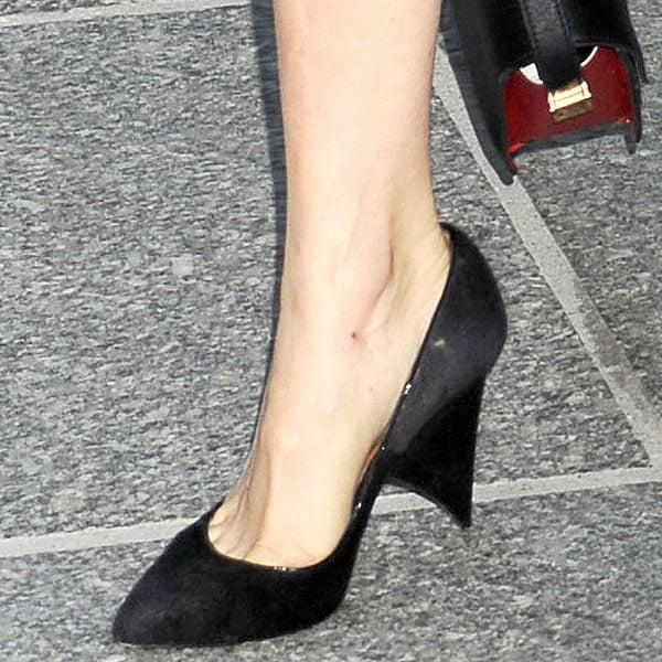 Sienna Miller'sfin-heeled shoes