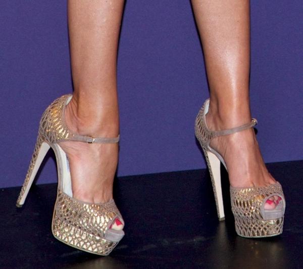 Sofia Vergara wearing Brian Atwood heels