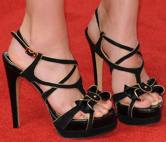 AnnaSophia Robb's feet in black Ferragamo sandals