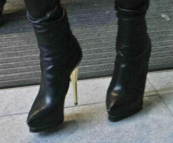 Jessie J'sgorgeous Lanvin boots