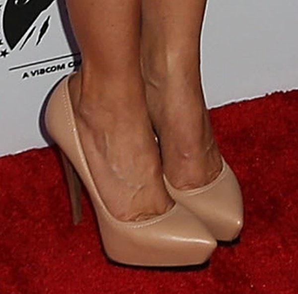 Julie Benz in Lanvin pumps