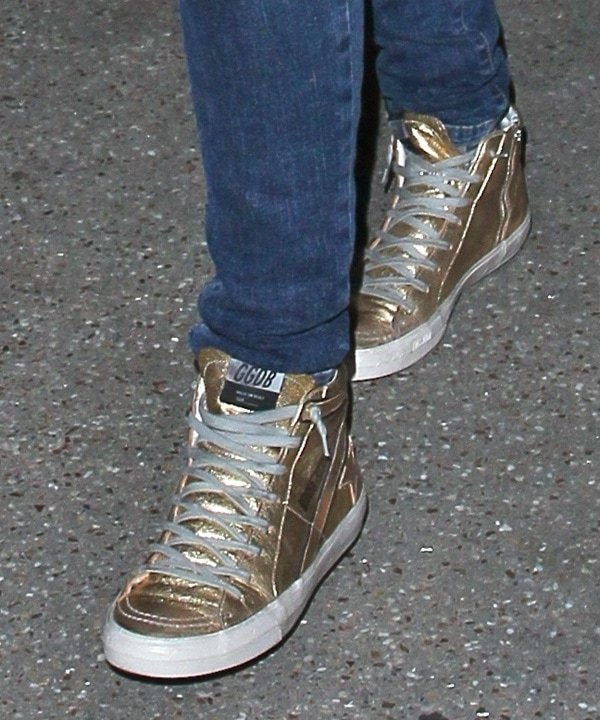 Mandy Moore wearing Golden Goose sneakers