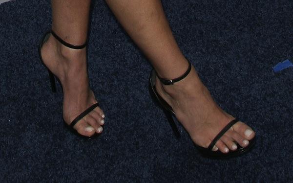 2Jordana Brewster shoes TNT 25th anniv