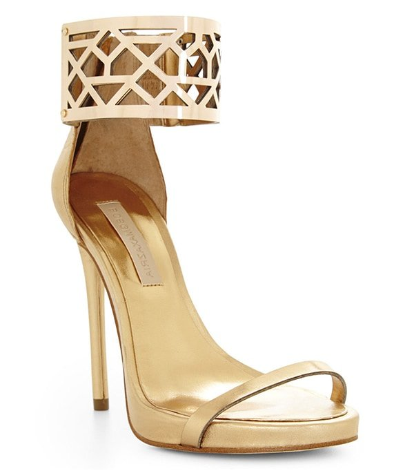 BCBGMAXAZRIA Estie Sandals Gold