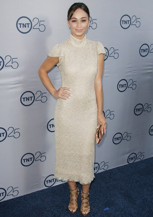 Cara Santana looked stunning in a Lorena Sarbu turtleneck dress