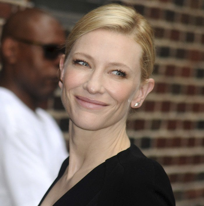 Cate Blanchett was beautiful and sophisticated in a black dress