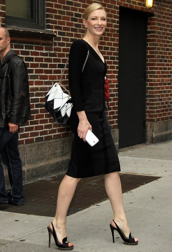 Cate Blanchett arriving at the Ed Sullivan Theater for her appearance on the Late Show with David Letterman