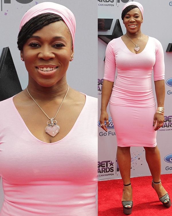 India Arie wears a turban at the 2013 BET Awards