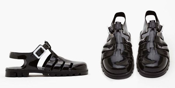 Edie Jelly Sandals in Black