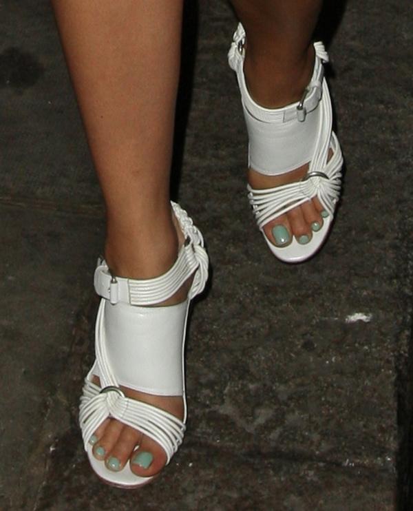 Rita Ora put her sexy toes on display