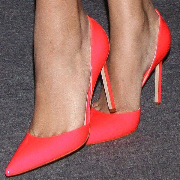 Zendaya reveals toe cleavage in watermelon-hued d'Orsay pumps