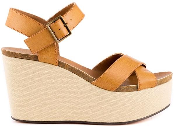 Michael Antonio 'Gansa' Sandals in Tan