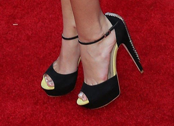 Olivia Holt in Greymer peep-toe pumps