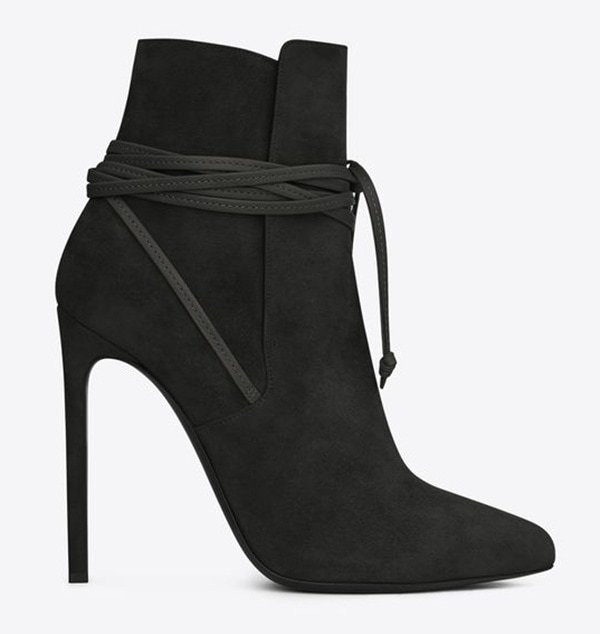 3b0bf2308c3b6 How to Wear a Black Outfit With Ankle Boots Like Victoria Beckham