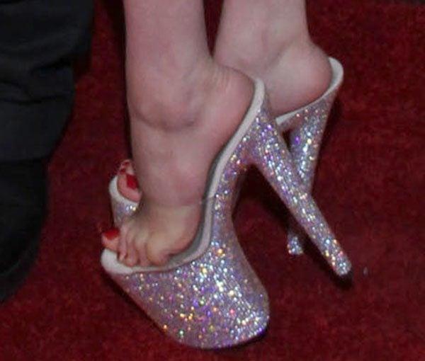Courtney Stodden's sexy toes in stripper heels