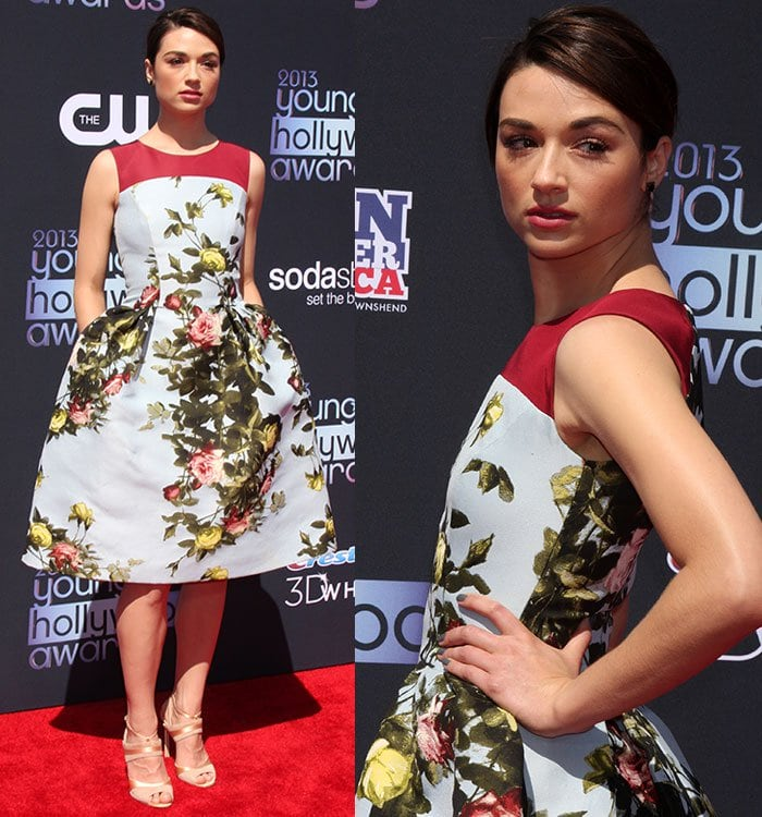 Crystal Reed was one of the best-dressed celebrities of the night in a floral Caroline Herrera dress
