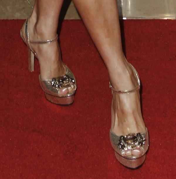 Gloria Garayua shoes2 imagen awards 2013