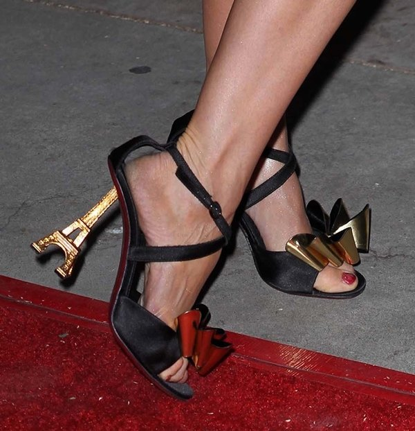 Izabella Miko's shoes with Eiffel Tower heels