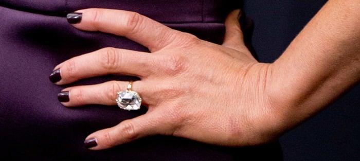 Jennifer Aniston'shuge diamond engagementring
