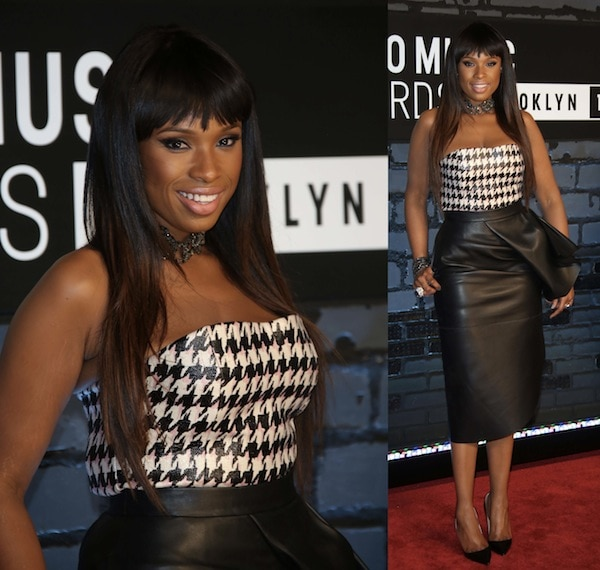 Jennifer Hudson went for chic and sophisticated with a Dior skirt and top paired