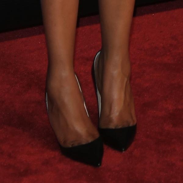 Jennifer Hudson wearing Christian Louboutin So Kate pumps