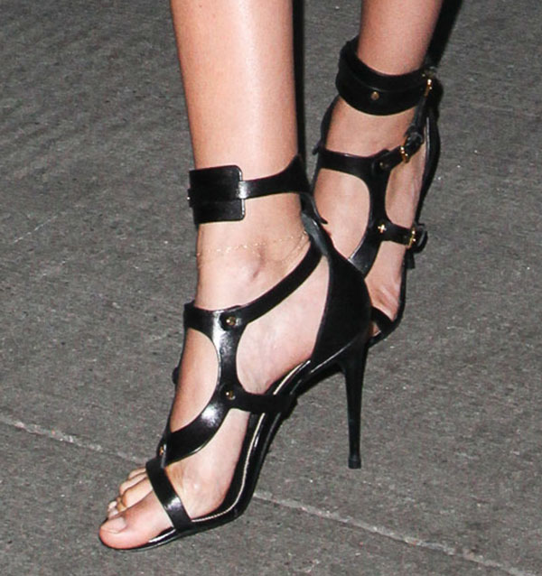 Joan Smalls shows off her sexy feet in Tom Ford sandals