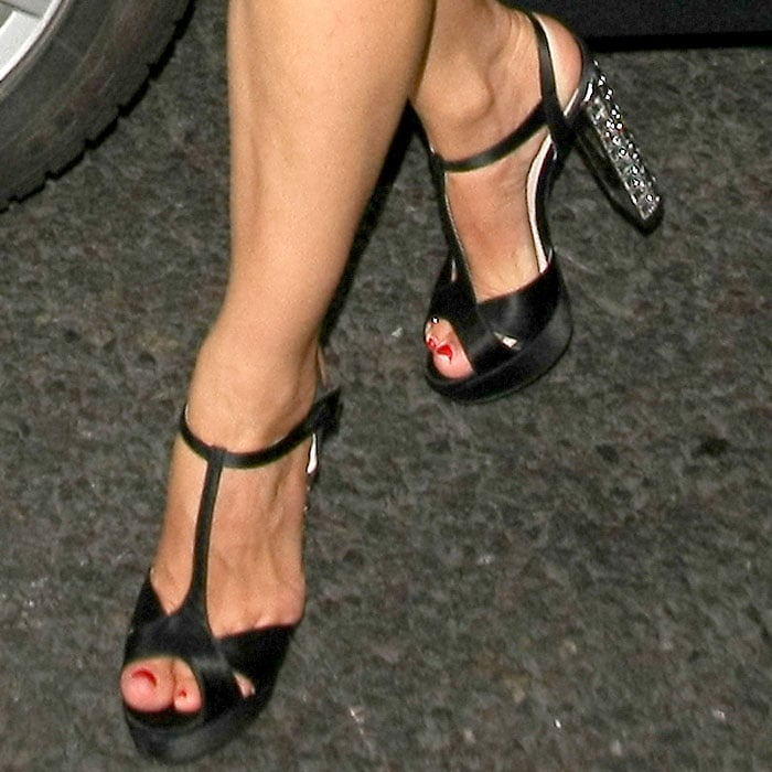 Kelly Brook showed off her pretty toes in jeweled Miu Miu shoes