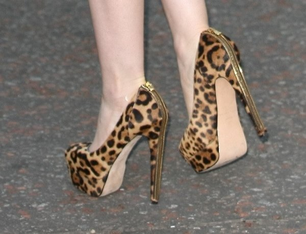 "Brian Atwood ""India"" pumps worn by Lily Collins"