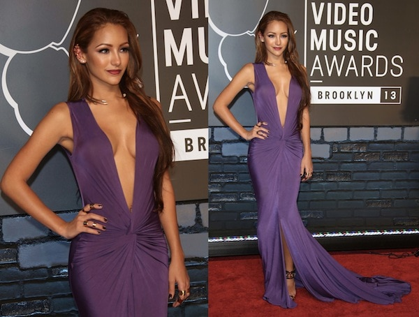 Melanie Iglesias looked simple and stunning in a purple plunging neck gown