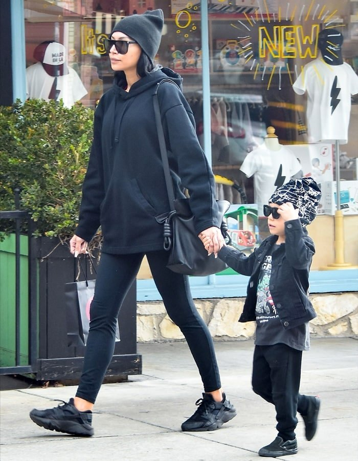 Naya Rivera out for a walk with her son Josey Hollis Dorsey in Los Angeles on January 16, 2020