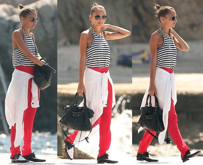 Nicole Richie in a nautical sleeveless top paired with red pants