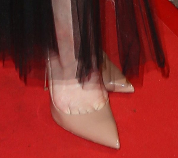 Cate Blanchett wearing 'So Kate' pumps