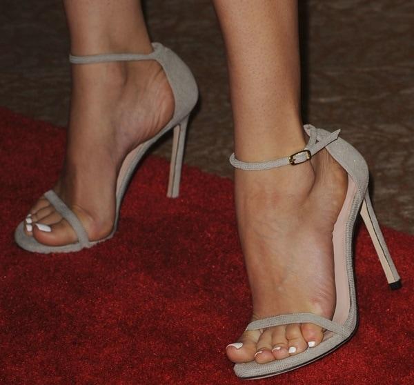 Diane Kruger showed off her feet in Stuart Weitzman ankle-strap sandals