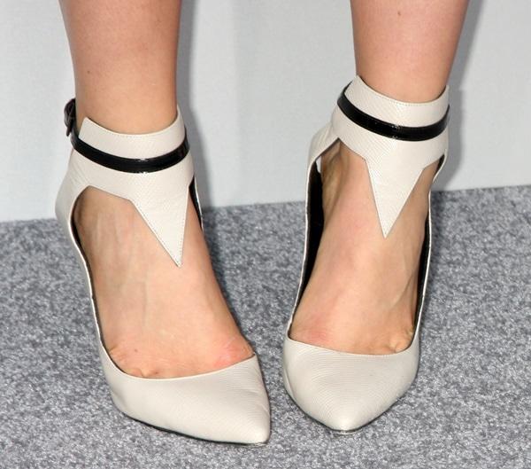 Leven Rambin's feet instandout Gio Diev Fall 2013 slingback pumps