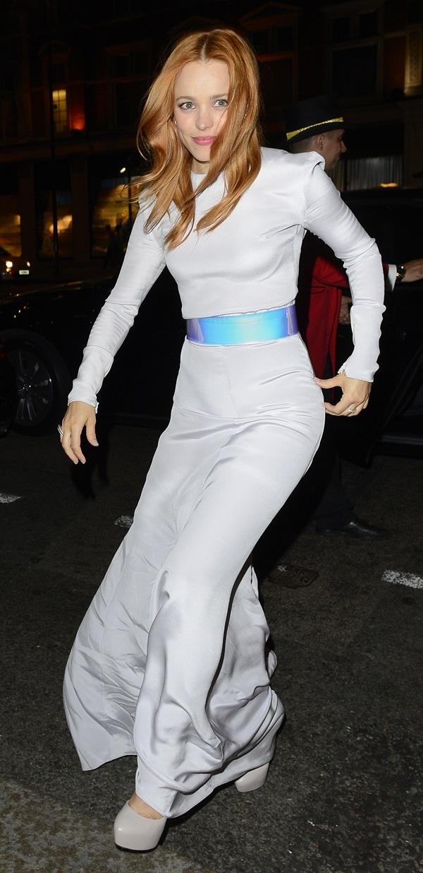 Rachel McAdams wears a Roksanda Ilincic Resort 2014 outfit