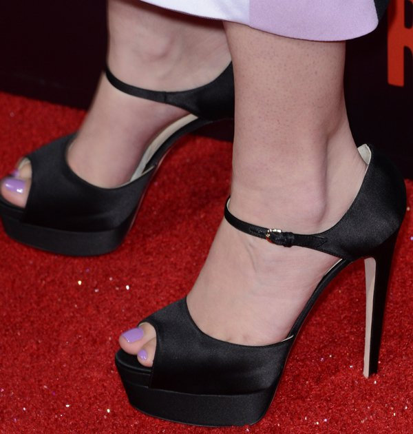 Hailee Steinfeld wearing gorgeous Tribeca platform sandals from Brian Atwood