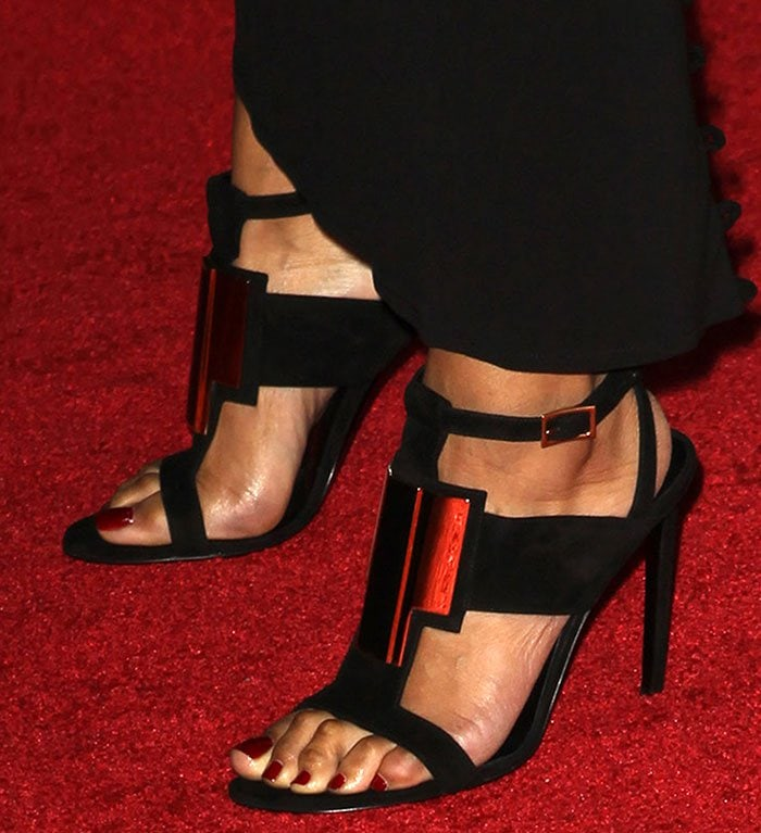 Keri Hilson's feet in Saint Laurent sandals