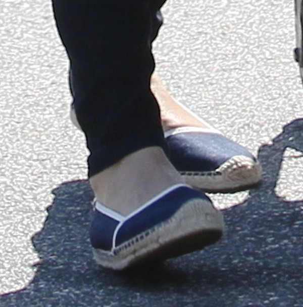 Mila Kunis shoes sept 3