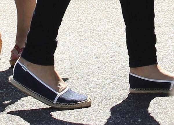 Mila Kunis shoes2 sept 3