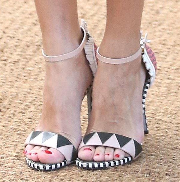 Olivia Palermo's geometric print heels