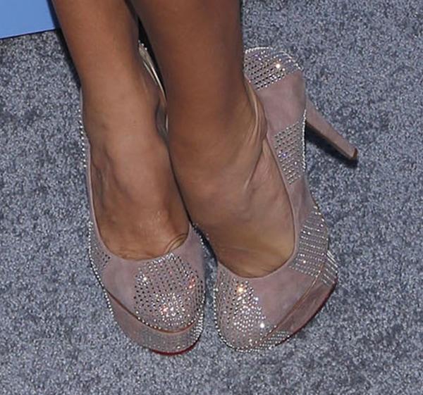 """Paulina Rubio'snude """"Paparazzi"""" heels from Charlotte Olympia"""