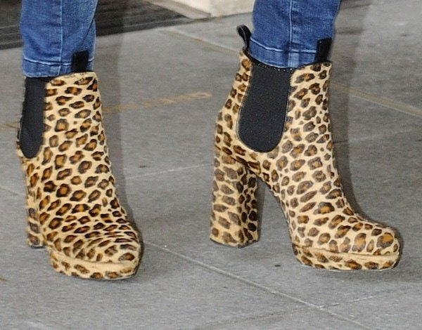 Fearne Cotton rocksleopard-print boots