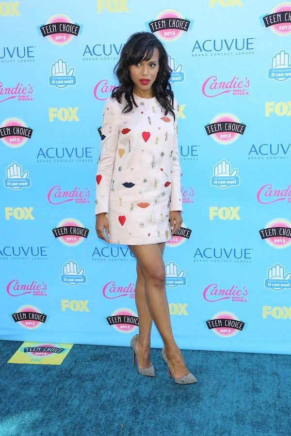 Kerry Washington showing off a playful look at the 2013 Teen Choice Awardsheld at the Gibson Amphitheatre in Los Angeles, California, on August 11, 2013
